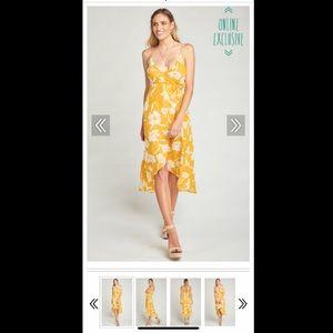 Show Me Your MuMu - Meghan Wrap Dress - Bloom Gold